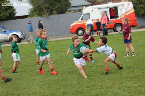 Junior Rugby Kicks Off 00329