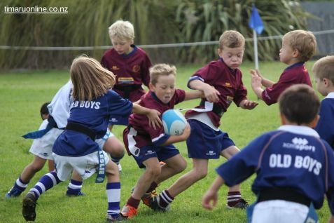 Junior Rugby Kicks Off 00340