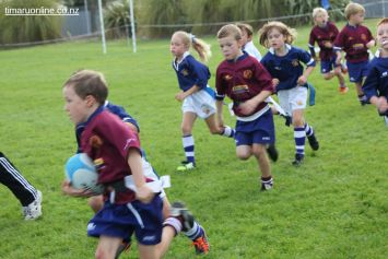 Junior Rugby Kicks Off 00341