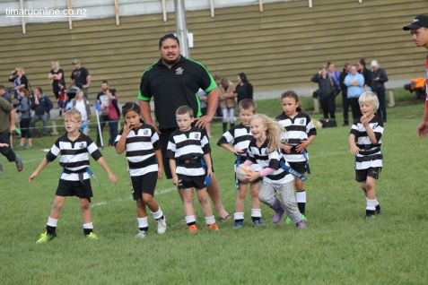 Junior Rugby Kicks Off 00343