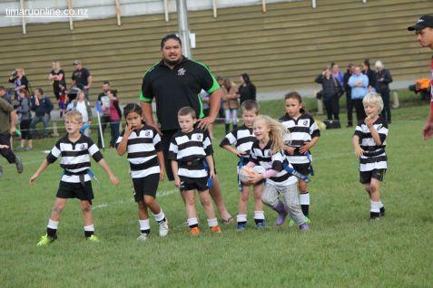 Junior Rugby Kicks Off 00343