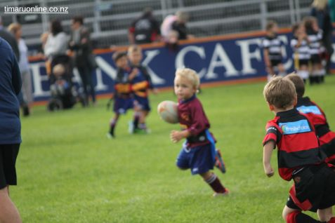 Junior Rugby Kicks Off 00386