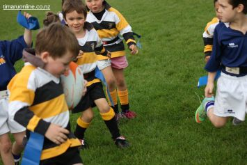 Junior Rugby Kicks Off 00395