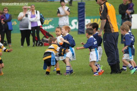 Junior Rugby Kicks Off 00408