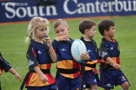 Junior Rugby Kicks Off 00427