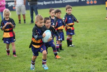 Junior Rugby Kicks Off 00428