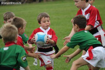 Junior Rugby Kicks Off 00494