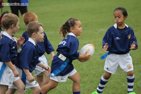 Junior Rugby Kicks Off 00507