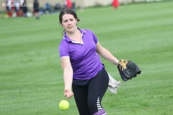 Womens Softball 0068