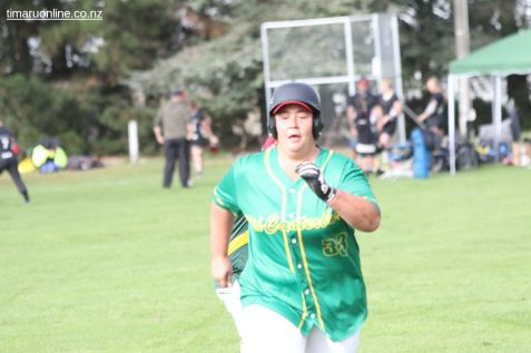 Womens Softball 0156