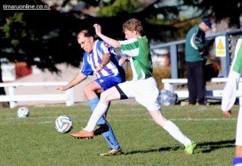Mens Football 0010