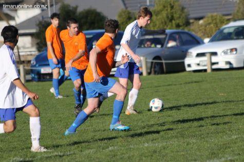 Mens Football SBAP 0011