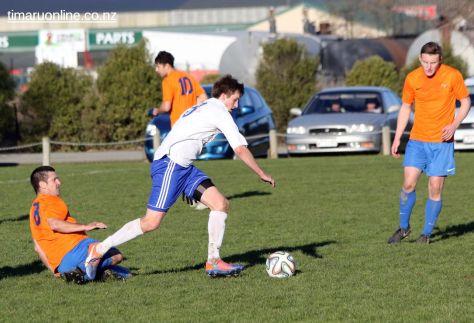 Mens Football SBAP 0026