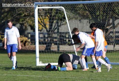 Mens Football SBAP 0031