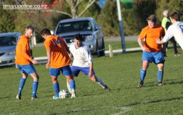 Mens Football SBAP 0173