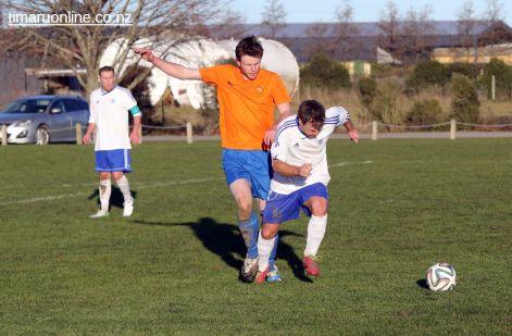 Mens Football SBAP 0191