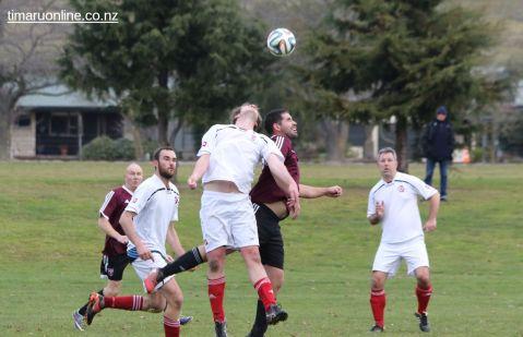 Point v Hearts Reserves Football 0001