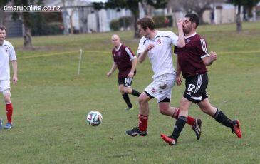 Point v Hearts Reserves Football 0008