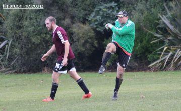 Point v Hearts Reserves Football 0010