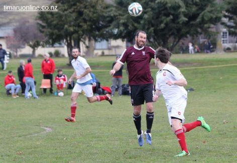 Point v Hearts Reserves Football 0011