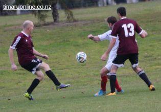 Point v Hearts Reserves Football 0023