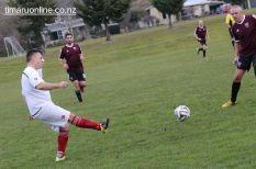 Point v Hearts Reserves Football 0026
