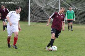 Point v Hearts Reserves Football 0051