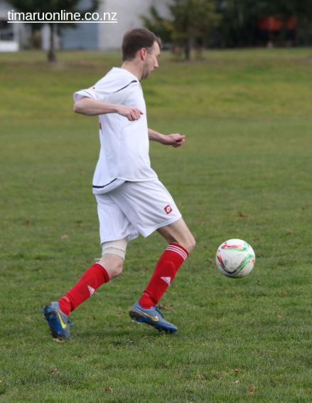 Point v Hearts Reserves Football 0053