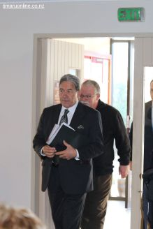 WInston Peters in Town 0022