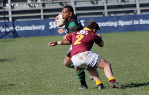 Vatiliai Tora tackled by Josh Dais