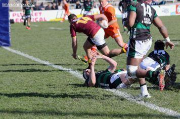 Alex Thrupp scores