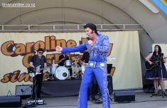 Elvis on the Bay 0029