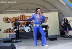Elvis on the Bay 0030