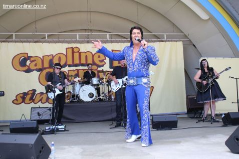 Elvis on the Bay 0031